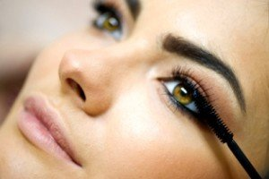 Best Waterproof Mascara –Best Brands, How to Apply and Remove Water Proof Mascara