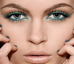 Eyeshadow and Eyeliner for Green Eyes