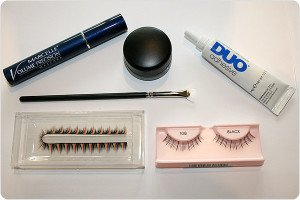 How to Put On False Eyelashes – How to Apply and Remove Fake Eyelashes