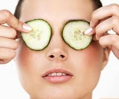 Get Rid of Red Eyes – Cures, Remedies, Redness in Eyes Treatment - Cucumber Slices
