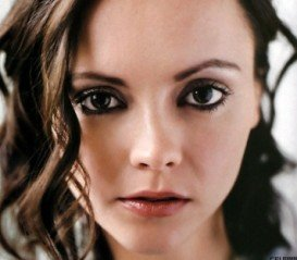 Round Eyes- What Are, Eye Makeup, Eyeliner, Eyeshadow and Mascara for Large or Small Round Eyes - Christina Ricci