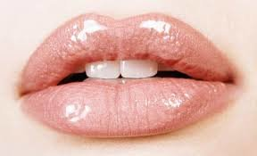 How to Get Bigger Lips (2)