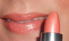 Peach Lipstick – Best Matte, Light, Dark, Coral, Revlon, NYX& Peachy Colored Lipsticks
